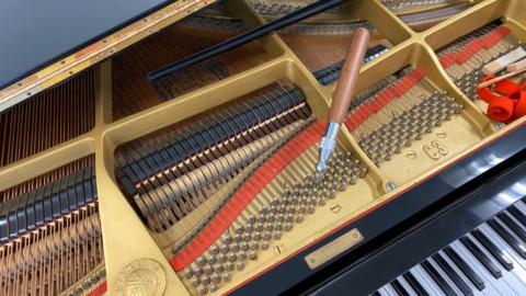 グランドピアノが入れ替わりました